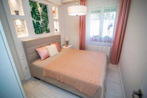 nőies hálószoba